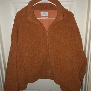 Urban Outfitters Willow Fuzzy Sherpa Jacket !!!